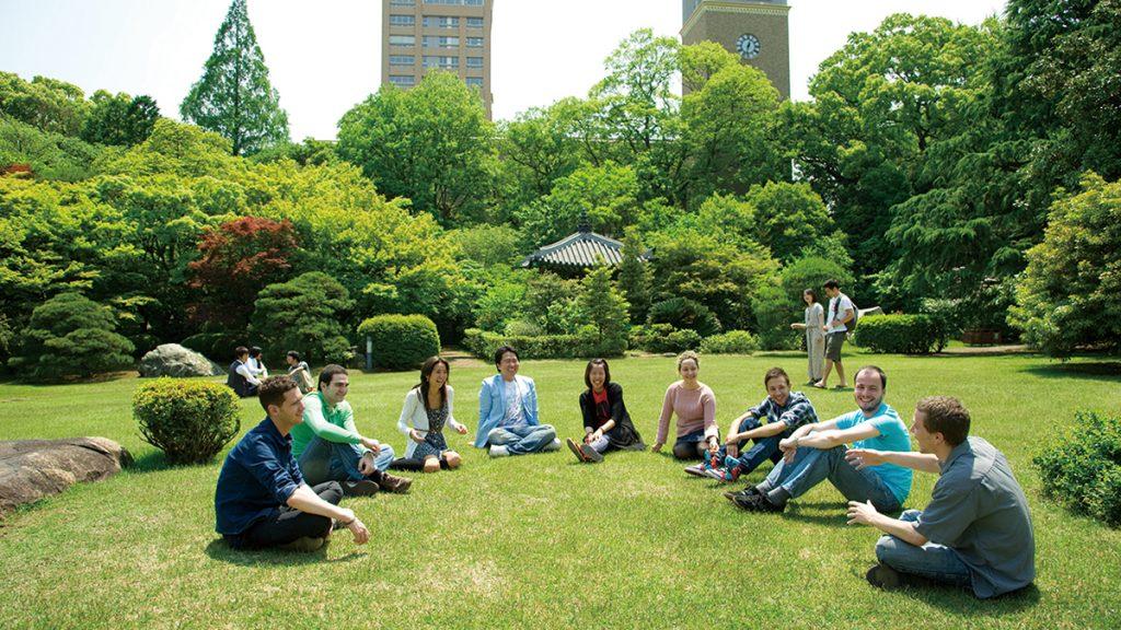 新たな歴史をともに築こう 早稲田大学