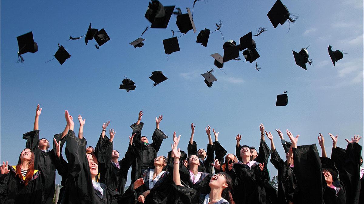 もし大学がひとりの人間だったら…「あるある」満載の大学擬人化マンガ発刊