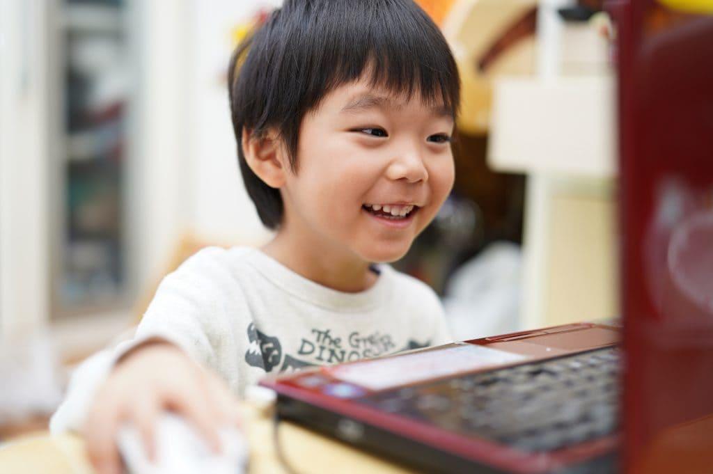 子どもひとりにPC1台の時代到来!(前編)最近よく聞くGIGAスクール 構想とは?